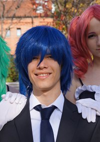 Cosplay-Cover: Kaito (Suit)