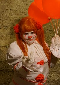 Cosplay-Cover: Pennywise [Female]