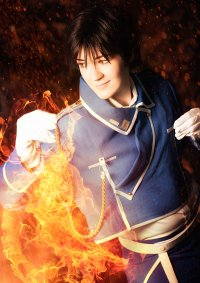 Cosplay-Cover: Roy Mustang [Flame Alchemist]