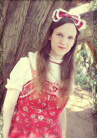 Cosplay-Cover: Rote Blumen