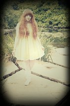 Cosplay-Cover: Yellow Hime Lolita