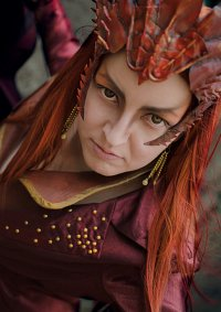 Cosplay-Cover: Smaug [female]