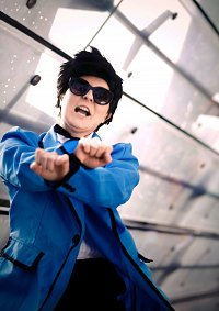Cosplay-Cover: Psy ~ Gangnam Style Suit