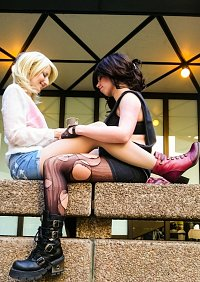 Cosplay-Cover: Steve Rogers - Fem Version 'You're my sunshine'
