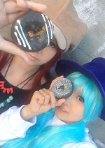 Cosplay-Cover: Luka Megurine [Donut Hole]