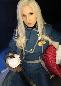 Cosplay-Cover: Olivier Mira Armstrong