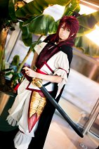 Cosplay-Cover: Ren Kouen [Dungeon conquering & usual attire]