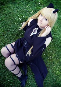 Cosplay-Cover: Yami (Golden Darkness)