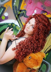Cosplay-Cover: Merida [Punk]