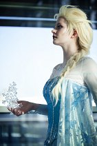 Cosplay-Cover: Elsa of Arendell [Ice gown]