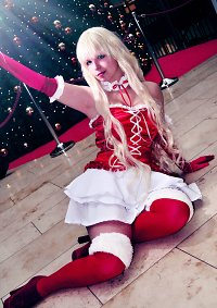 Cosplay-Cover: Sheryl Nome (christmas)