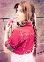 Cosplay-Cover: Aerith Gainsborough