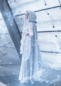 Cosplay-Cover: Isil Silberblume