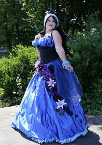 Cosplay-Cover: Princess Luna (Human Ballgown)
