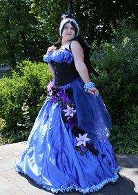 Cosplay-Cover: Princess Luna (Human Ballgown)