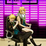Cosplay: Kagamine Rin [Remote Control l Transmitter]