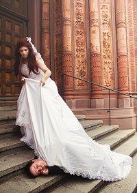Cosplay-Cover: Natalia Alianovna Romanova [Wedding]