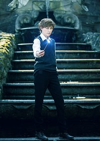 Cosplay-Cover: Newt Scamander [Hogwarts Version]