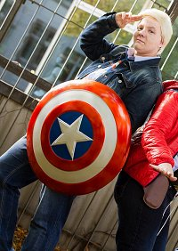Cosplay-Cover: Steve Rogers [Avengers Academy]