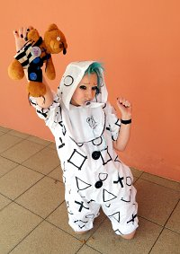 """Cosplay-Cover: Meto """"Theatrical Blue Black"""" PV"""