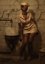 Cosplay-Cover: Silent Hill Bubblehead Nurse