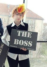 Cosplay-Cover: Tsunayoshi Sawada [Schuluniform]