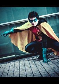 Cosplay-Cover: Damian Wayne - Robin V