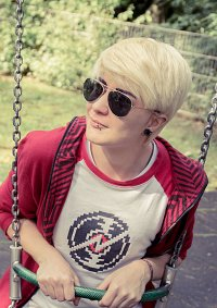 Cosplay-Cover: Dave Strider (Alpha)