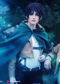 Cosplay-Cover: Eren Jäger [Basic]