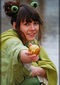 Cosplay-Cover: Froschprinzessin im Kimono