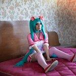 Cosplay: Miku (Love Colored Ward)