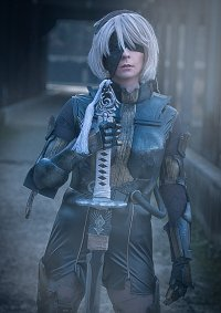 Cosplay-Cover: 2B - Heavy Armor
