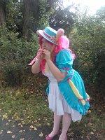 Cosplay-Cover: Pinkie Pie - Coronation Dress