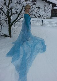 Cosplay-Cover: Queen Elsa of Arendelle