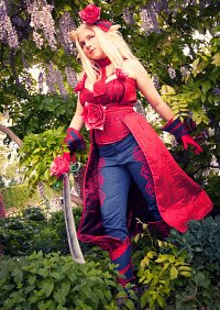 Cosplay-Cover: Edea Lee - Redmage