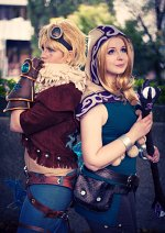 Cosplay-Cover: Spellthief Lux