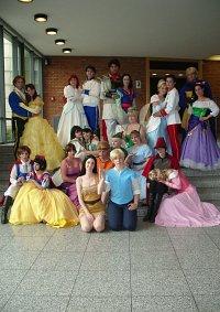 Cosplay-Cover: Prince Eric ~ Hochzeitsstaat