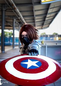 Cosplay-Cover: Bucky Barnes/Winter Soldier