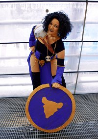 Cosplay-Cover: Dee (The Ratqueens)