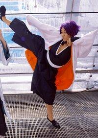 Cosplay-Cover: Yoruichi Shihouin