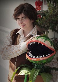 Cosplay-Cover: Seymour Krelborn (Little Shop of Horrors)