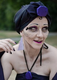 Cosplay-Cover: Yzma