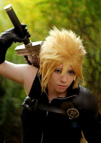 Cosplay-Cover: Cloud Strife クラウド ストライフ [Advent Children]