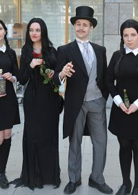 Cosplay-Cover: Gomez Addams [Die Addams Family in verrückter Trad
