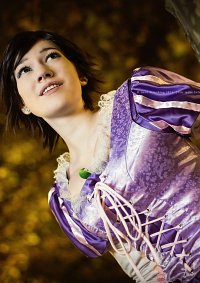 Cosplay-Cover: Rapunzel Short Brown Hair