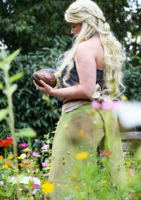 Cosplay-Cover: Daenerys Targaryen [Dothraki Outfit]