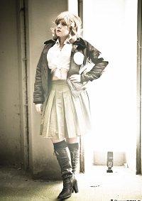 Cosplay-Cover: Amelia Jones