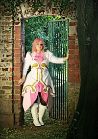 Cosplay-Cover: Estellise Sidos Heurassein