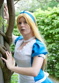 Cosplay-Cover: Alice Liddle [Return to Wonderland]