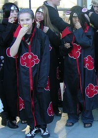 Cosplay-Cover: Itachi Uchiha (Akatsuki-Version)